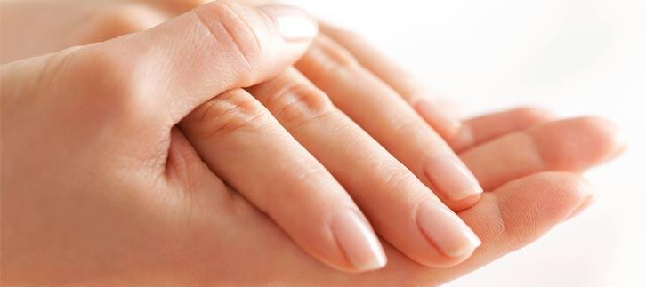 Traitement du vieillissement des mains